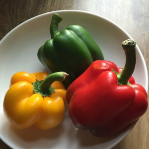 I'm in love with these hydroponically grown bell peppers from Leisure Farms and they're delicious raw too! I served them as an appetizer, raw, with roasted garlic dip (see recipe below) and some leftover mushroom pâté from SUSI (located in Burgos Circle, BGC, Fort).